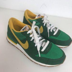Nike Air Epic Vintage Retro Green Yellow Sneakers